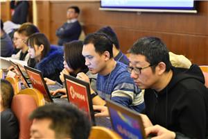 2中国吉林网工作人员在现场图文直播.jpg